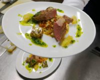 Filet mignon cuit basse température risotto de légumes huile d'herbe et patate douce sautée